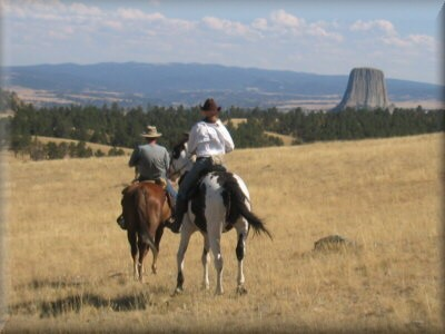 ride to Devils Tower